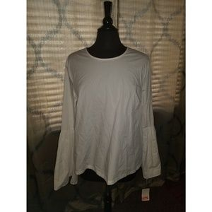 Tops - NWT White Bell Sleeve Top